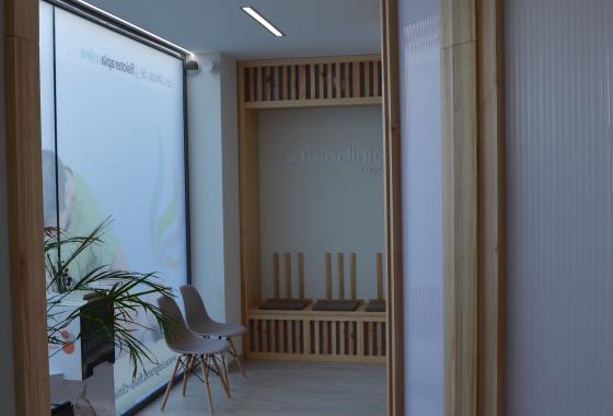 Clínica Fisioterapia Logroño FisioClinics sala de espera
